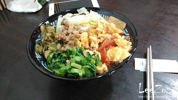烤肉飯 (2).jpg