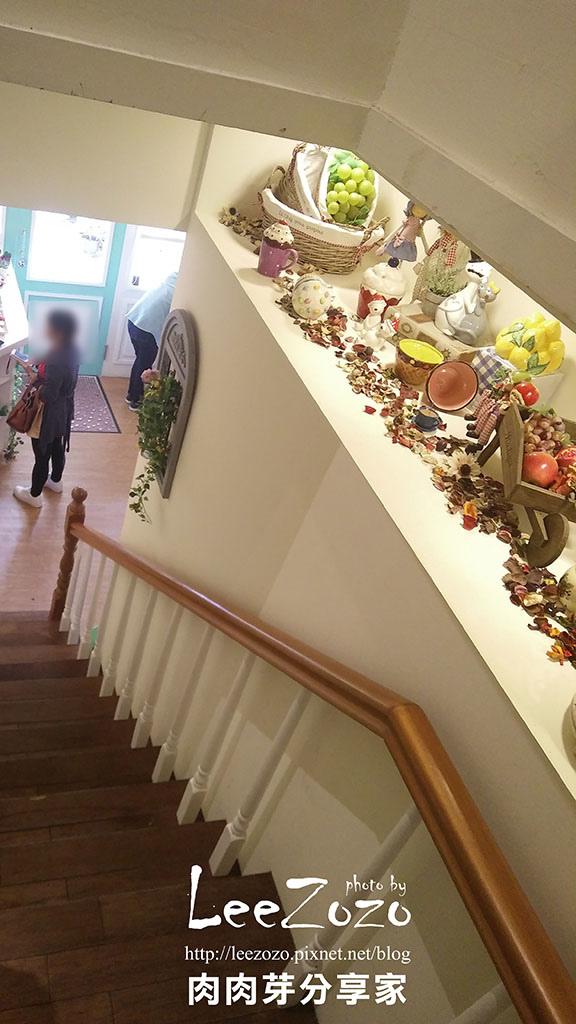 樓梯 (4).jpg