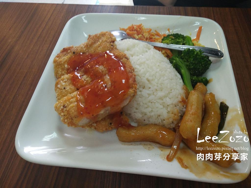 鐵板城複合式餐坊 (1).jpg