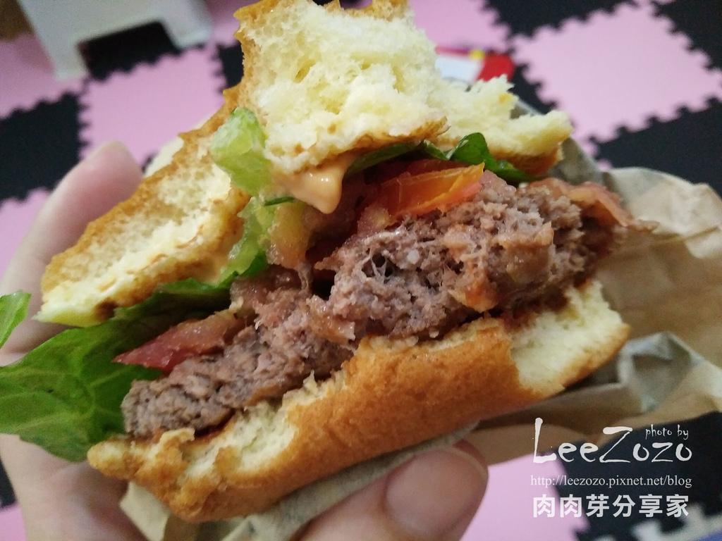 麥當勞黑牛堡%26;鮮魚堡 (8).jpg