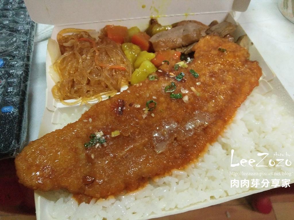 全津控肉排骨便當 (2).jpg