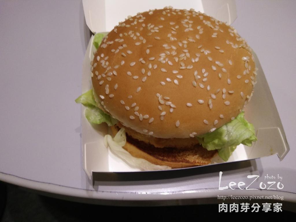 麥當勞千島黃金蝦堡(3).jpg