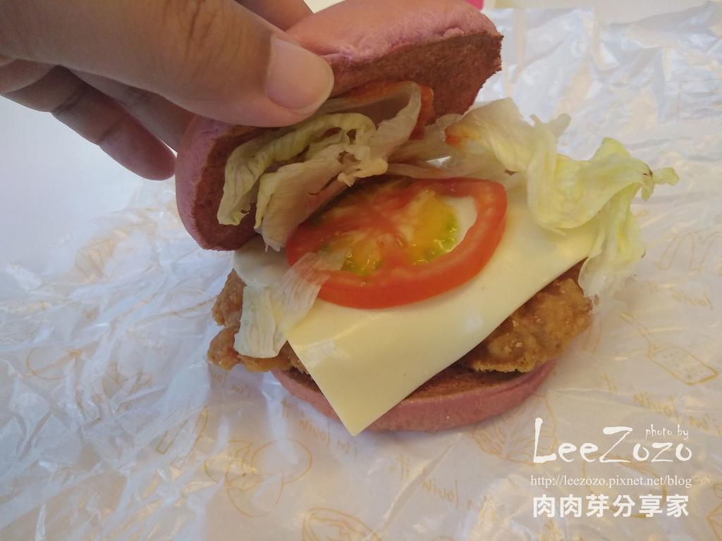 辣醬脆雞紅堡 (9).jpg