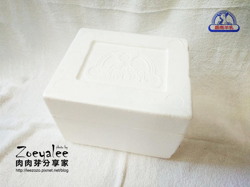 嘉南羊乳 保麗龍盒.jpg