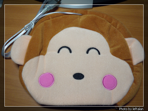 USB 可愛小猴保暖滑鼠墊