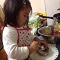 亮亮廚師做漢堡05.jpg