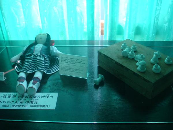 集中營中的手製童玩