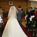 10將新娘交在新郎手中.JPG