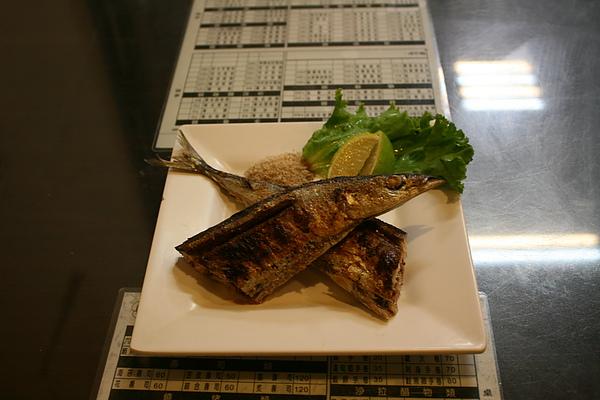 【餃傳食記】台中六兩十元串燒