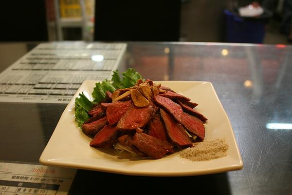 【餃傳食記】台中六兩烤牛肉