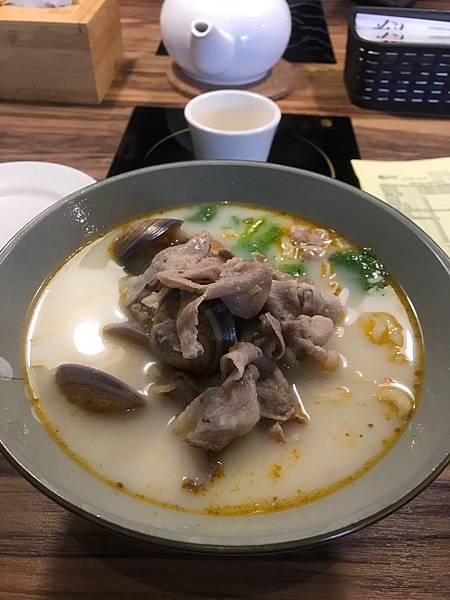 新竹 金山街日常 秦老大 泡椒蛤蜊豬肉麵 160元