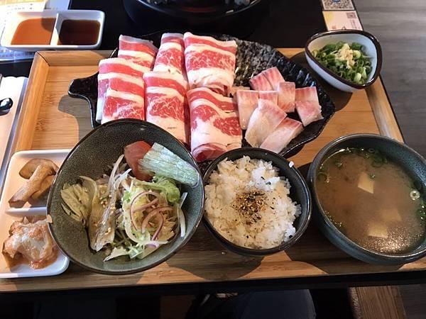 新竹 金山街日常 廣閤燒肉火鍋 商業午餐 180元