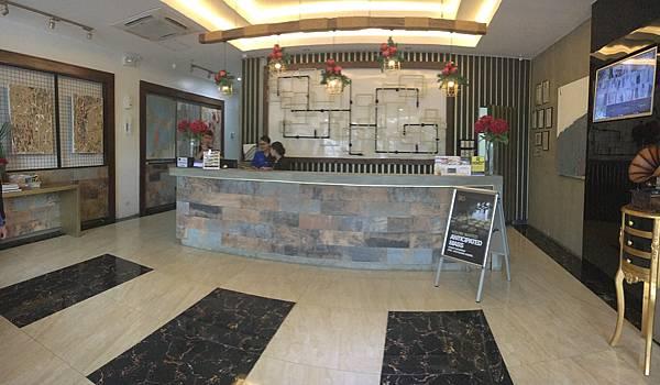 IDEA CEBU宿舍(旅館)櫃台.JPG