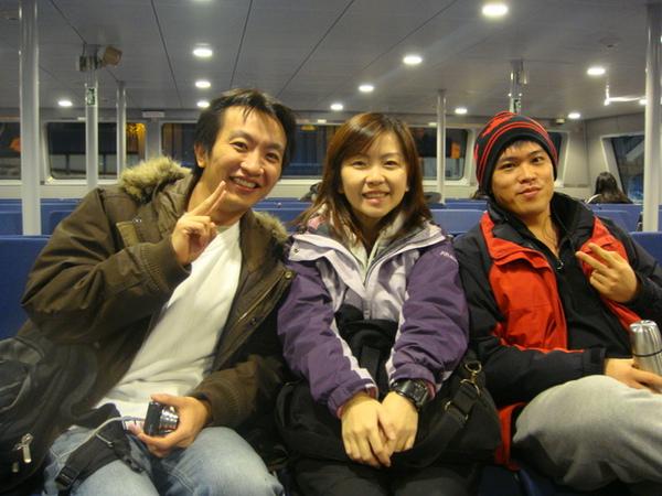 Jason也到溫哥華啦,立刻找他一起去滑雪.JPG