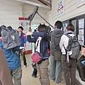 準備搭乘纜車前往千光寺...日本媒體也來採訪