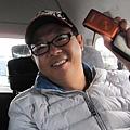 廣哥哥昨天買了新相機~很開心