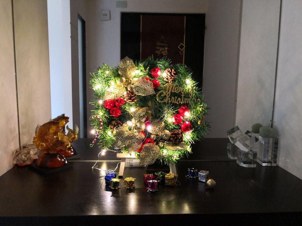 聖誕大餐食譜%26;居家聖誕布置%26;以金源成陶瓷展覽館整組餐具組呈現18.jpg