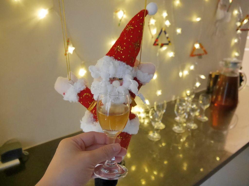 聖誕大餐食譜%26;居家聖誕布置%26;以金源成陶瓷展覽館整組餐具組呈現23.JPG