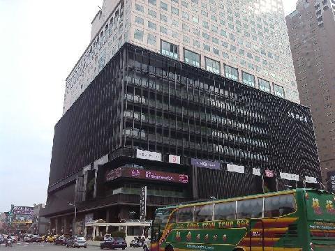 中港晶華大樓,金典飯店套房,廣三SOGO套房,台中套房出售,健行路套房出售