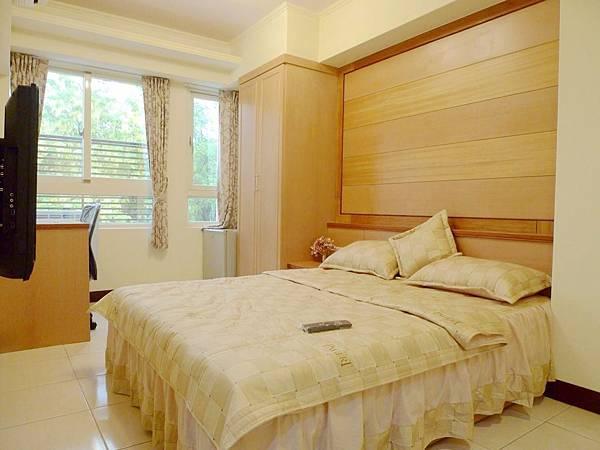 [售]台中市南區正義街-興大學區投資收租31間套房$4800萬
