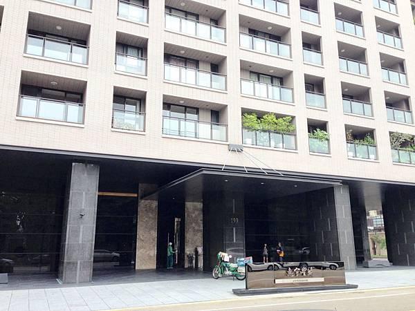 [售]台中市南屯區豐富路-惠宇豐閣4房2廳2衛$2980萬