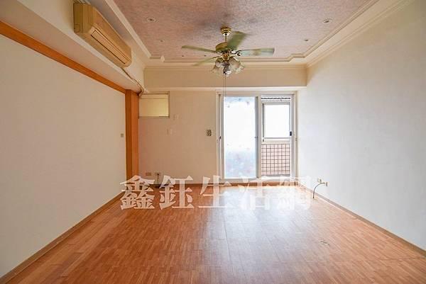 碧夏庭/台中市南區美村路二段3房2廳2衛988萬