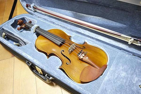 [售]4/4成人用小提琴-限買家面交自取