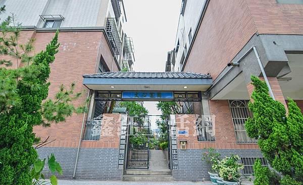[售]文心富園/台中市南區大慶街4房3廳3衛1780萬