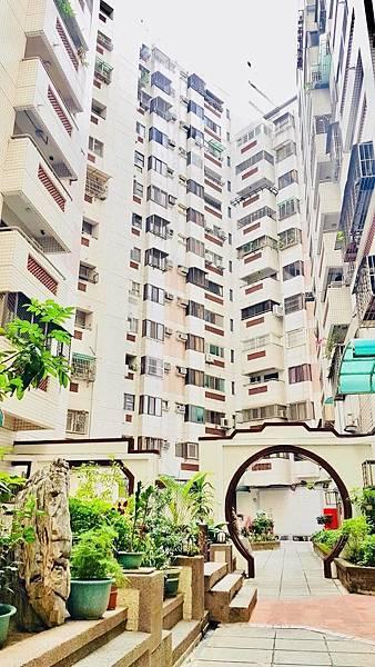 [售]南京大廈3+1房裝潢附車位698萬/台中市南區五權南路