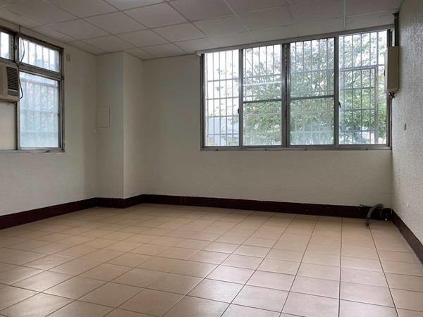 [售]邊間透店6房2廳5衛/台中市南區建成路1980萬