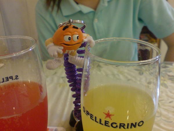 氣泡水果汁