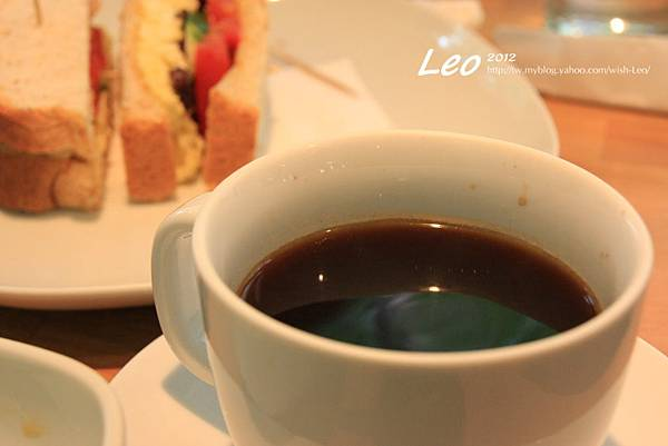 illy熱咖啡