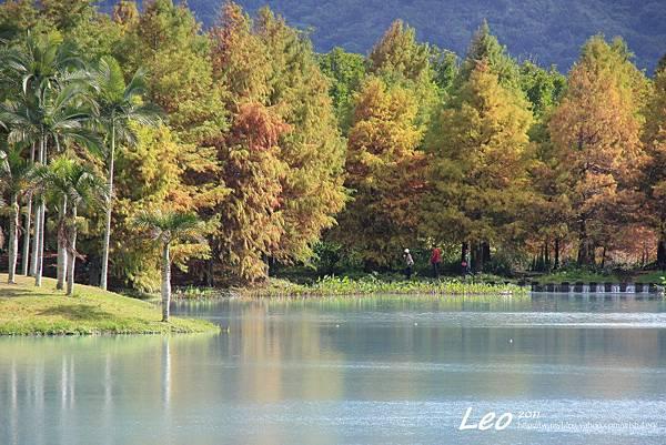 夢幻湖中的雲山水 (2)