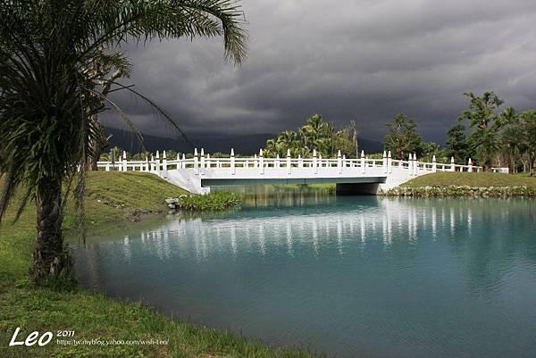 夢幻湖中的雲山水 (13)