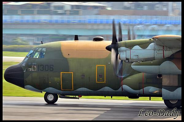 RCAF_B-1306_C63_06.jpg