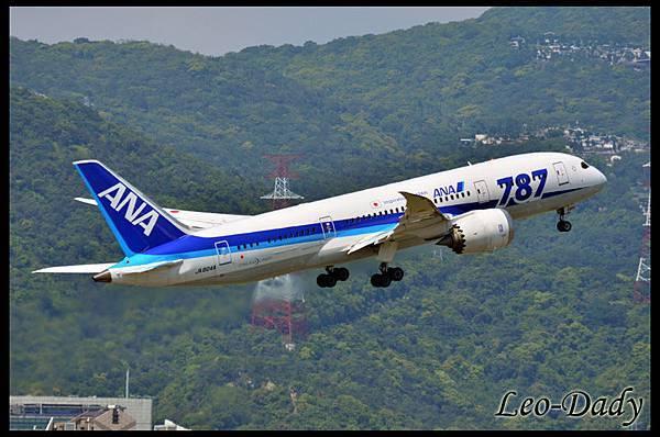 ANA_JA804A_NH1186_HND_02.jpg