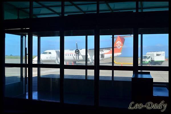UIA_B-15225_B7-318_TSA_02.jpg