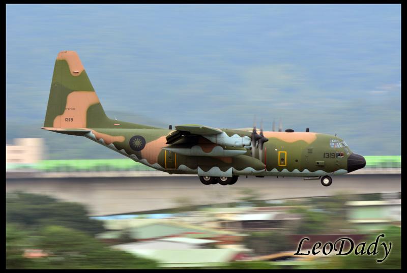 RCAF_1319_D615_04.jpg