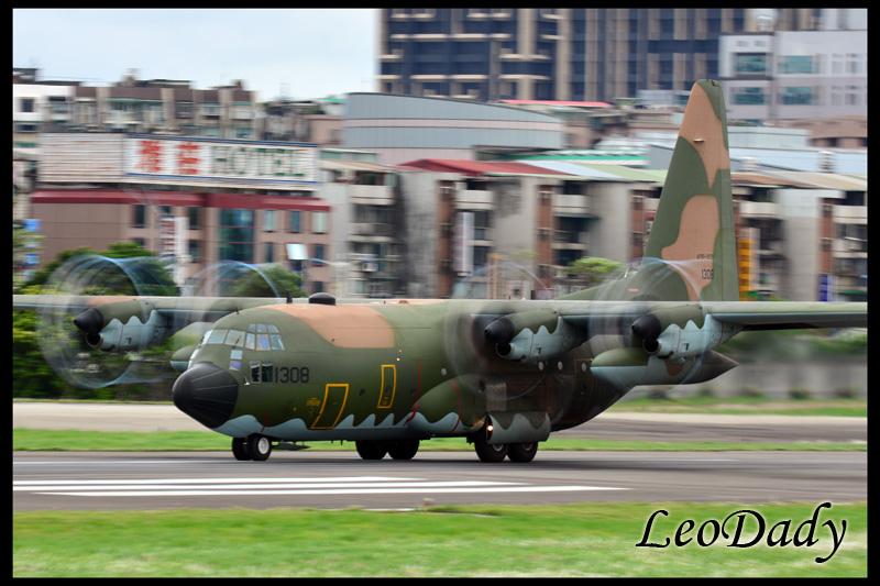 RCAF_1308_D648_05.jpg