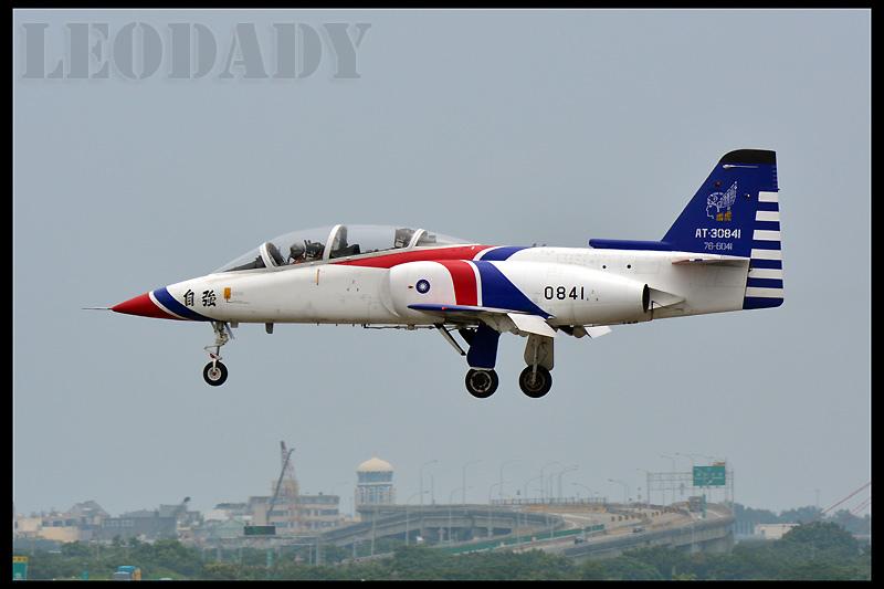 RCAF_0841_09.jpg