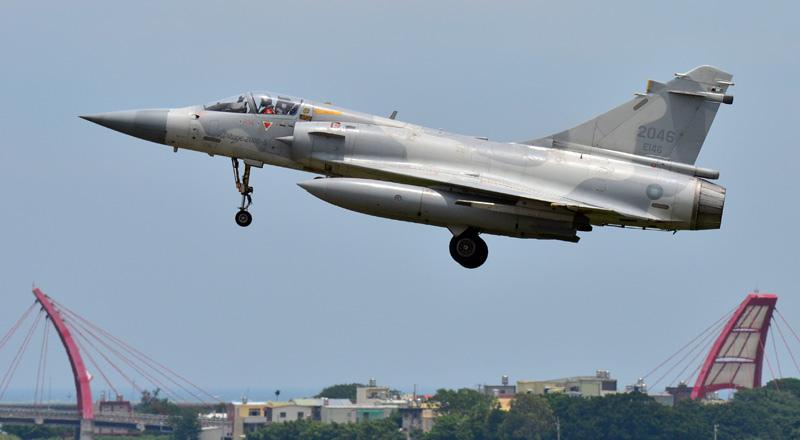 RCAF_2046_16.jpg