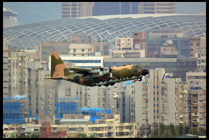 RCAF_1314_D621_03.jpg