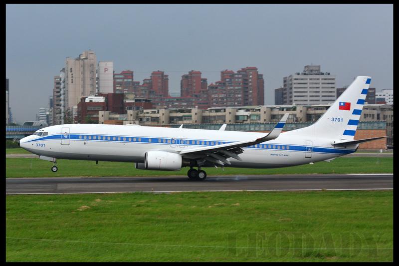 RCAF_3701_C691_TTT_06.jpg