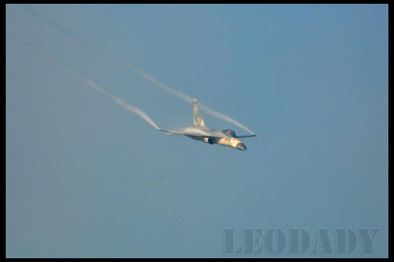 RCAF_1422_07.jpg