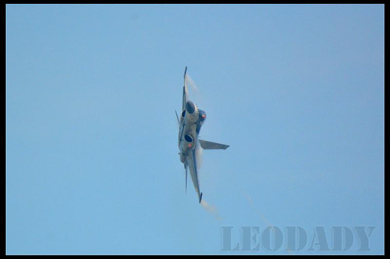 RCAF_1422_03.jpg
