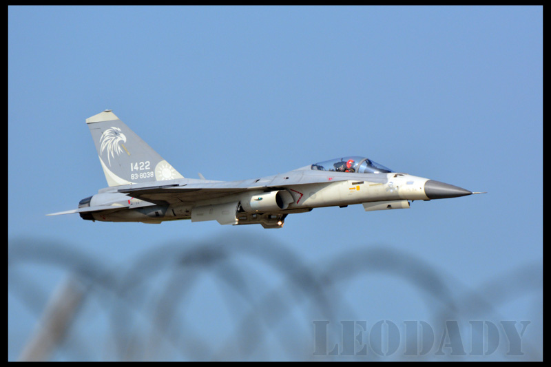 RCAF_1422_02.jpg