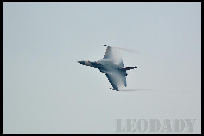 RCAF_1427_03.jpg