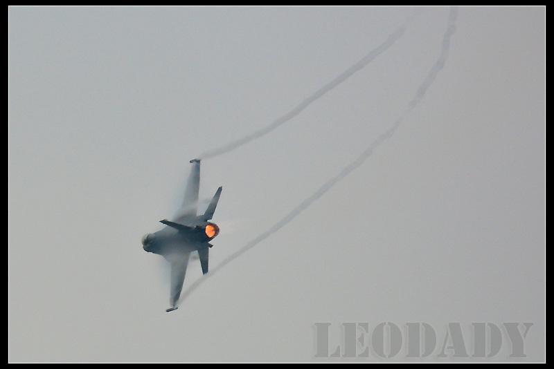 RCAF_6642_06.jpg