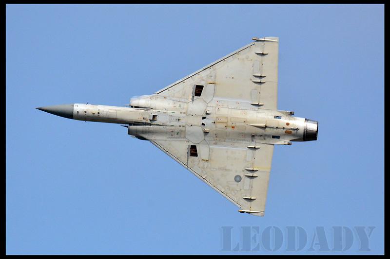 RCAF_2042_02.jpg