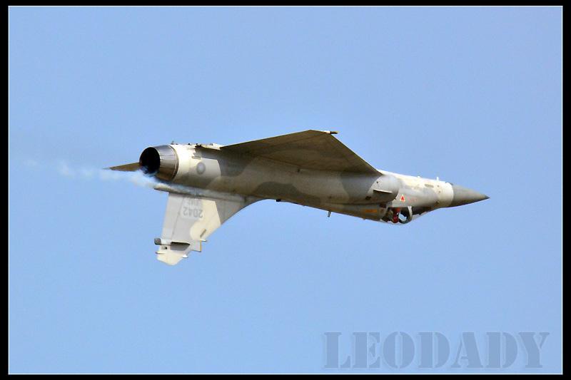 RCAF_2042_03.jpg